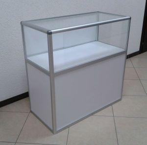 Стол-витрина из алюминиевого профиля